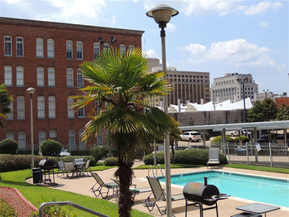 """Guide to Shreveport. Shreveport, LA Apartments for Rent. Extending along the Red River, with a skyline to rival all others, Shreveport is """"The Next Great City of the South."""" Located in the northwestern part of Louisiana, Shreveport is the third largest city in the state, containing a total area of square miles and having a population."""