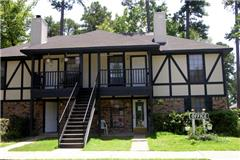 Grand Oaks Apartments apartment in Shreveport, LA